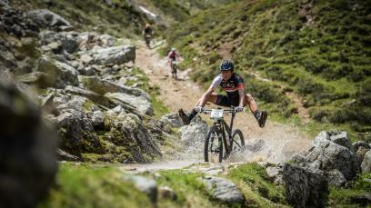 Preview Alpentour Trophy 2021Back to normal: Von 10. bis 13. Juni steigt die 22. Auflage des steirischen MTB-Etappenrennens für Profis und Hobby-Biker, Solisten und Duos.