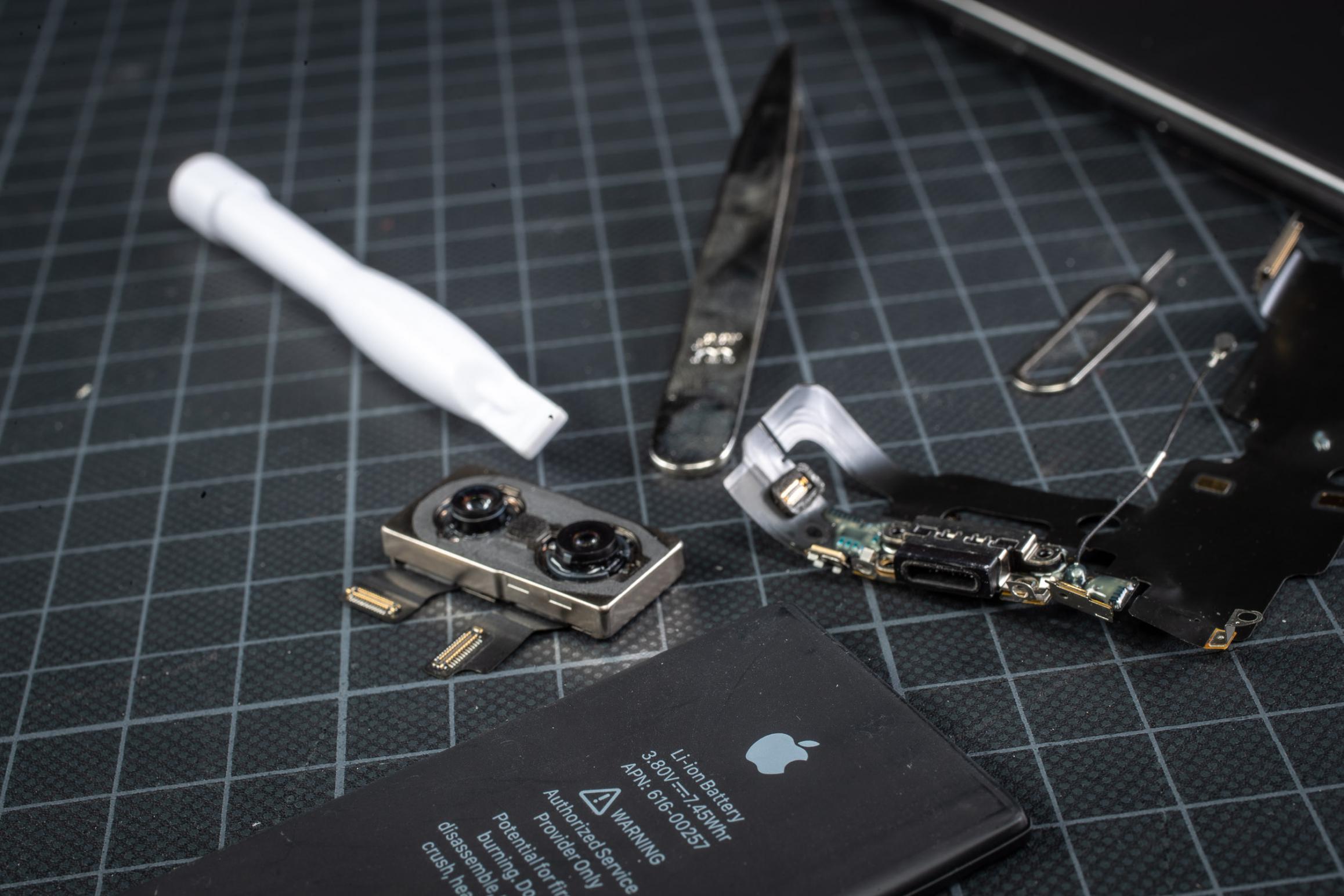 Rep #2: iPhone SE Akkutausch