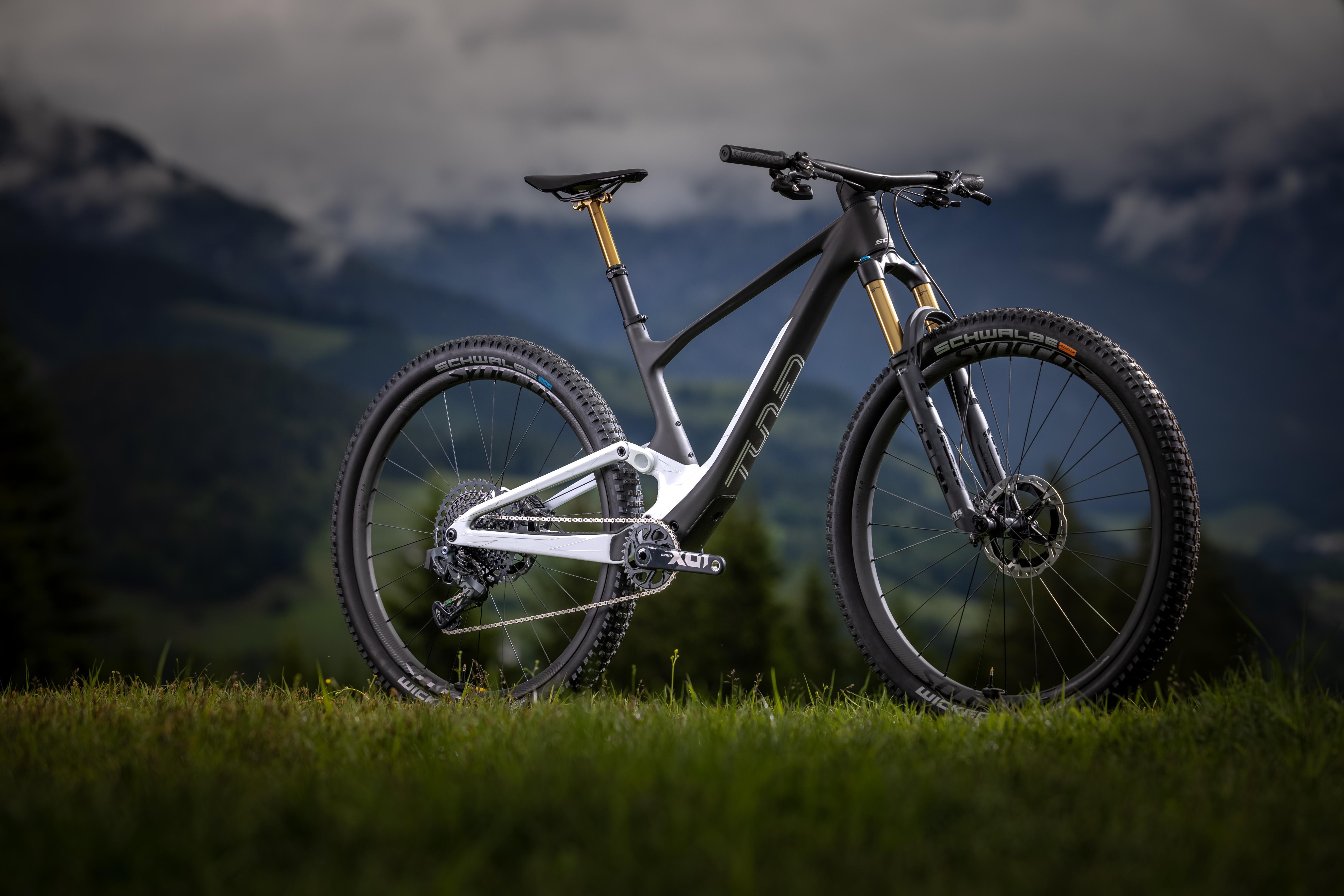Spark 900 in 9 Varianten für Trailbiker.
