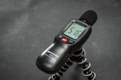 100 Umdrehungen - 100 Watt