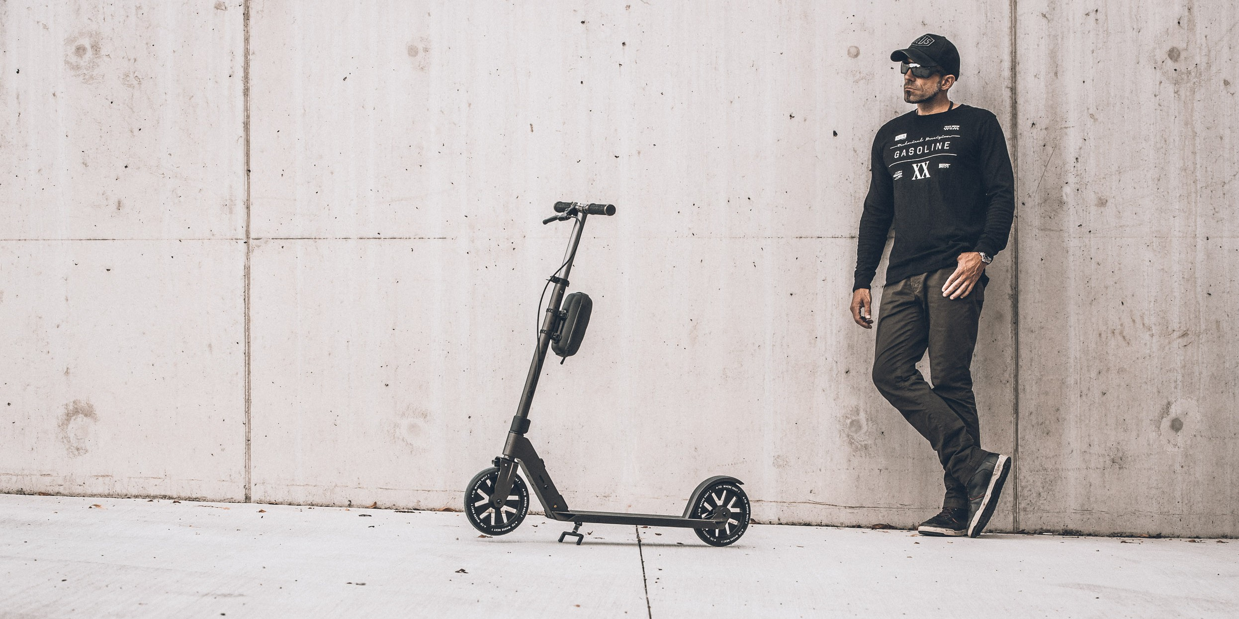 A-TO Ultimo Kick Scooter