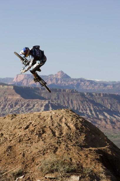 Was das Brüderlein kann ... Foto: John Gibson/Red Bull Photofiles