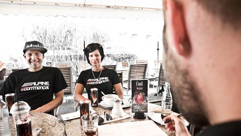 Last Downhill HeroesInterview mit Petra Bernhard und Mathias Haas zur Lage des Downhillsports in Österreich und vielem mehr.