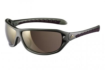 Neue Farben für das Allround-Modell agilis. Die beliebte Sportbrille gibt's künftig auch in Matt Olive und Créme White