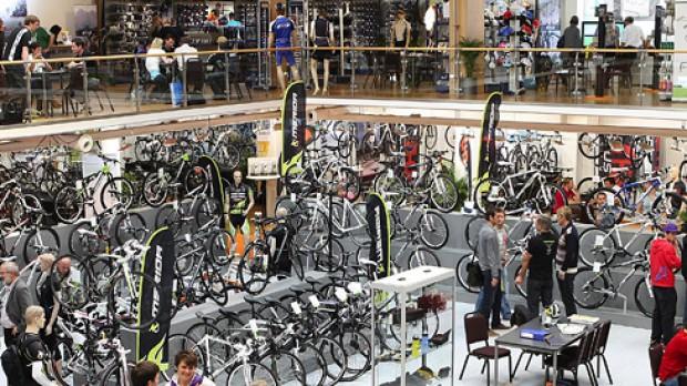 Bike & Trimm 2010Weitere Produkt Highlights 2011 von A(irstreeem) bis Z(ipp) auf der Salzburger Fahrradfachmesse.