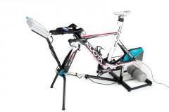 der Cyclus2 Recordtrainer ist nun einsatzbereit (das eingespannte Rad befindet sich nicht im Lieferumfang ;-)