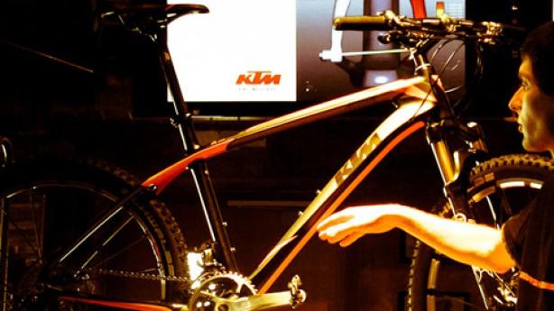 KTM Neuheiten 2012Myroon und Phinx in 26 Zoll und als 29er, innovative eBikes und ein brandneuer Revelator-Renner aus Österreich.