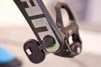 15 mm dick und 38 mm breit darf die Kurbel sein, Länge egal.