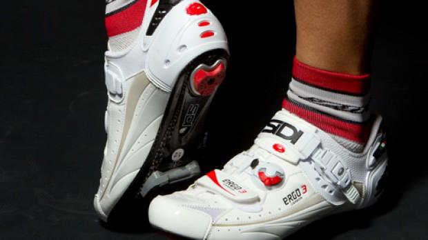 Bikewear 2012Nackte Haut und heiße Posen: Das BB-Modespecial mit jeder Menge Verhüllungs-Tipps für perfekte und weniger perfekte Körper.