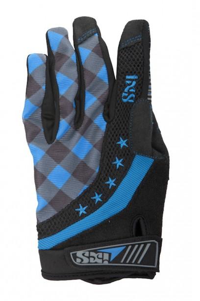 IXS BC-X1.2 Handschuhe Vorgeformte Handschuhe aus antibakteriellem Material mit Mesh-Einsatz am Handrücken, Snot-Pad am Daumen und Grip Print innen auf den Fingern. Die Gel-Pads auf der Handfläche tragen nicht zu dick auf und sind gut positioniert. Damit sollte alles im Griff bleiben.