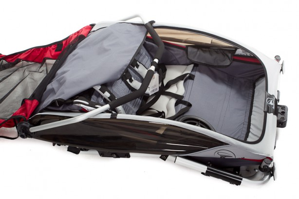 Die Eckdaten des Joytrax SE2: Packmaß 106x78x24 cm, Gewicht exkl. Deichsel, Buggy-Rad und Schiebebügel 10 kg.