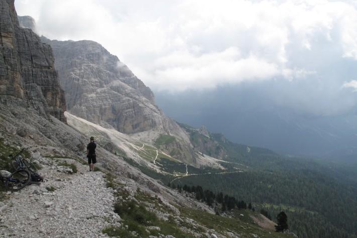 Der Trail schlängelte sich den Berg entlang, ohne viele Höhenmeter zu verschwenden.