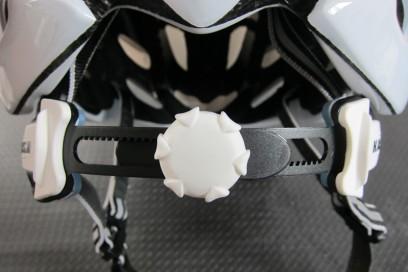 Das ergonomische Design bietet eine gute Passform für alle Kopfformen und -größen.