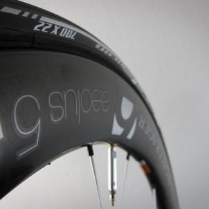 optimierter Übergang zwischen Reifen und Felge
