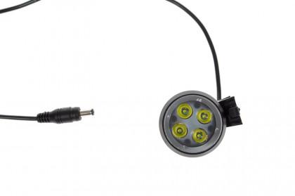 der Lampenkopf mit 4 LEDs (XP-G)
