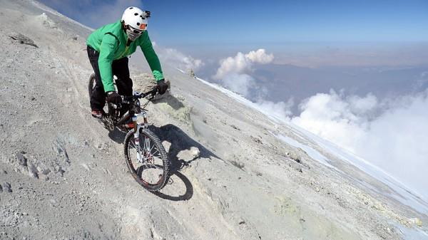 Per Mountainbike am Drachenberg