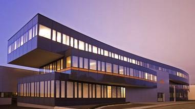 KTM sucht Kundendienst-MitarbeiterIn