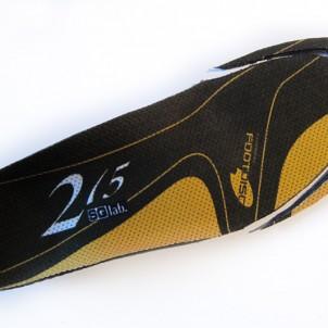 übrig bleibt eine Sohle, die auch in andere Schuhe ähnlicher Größe passt