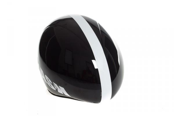 Der Helm wurde für die meisten Kopfstellungen aerodynamisch optimiert.