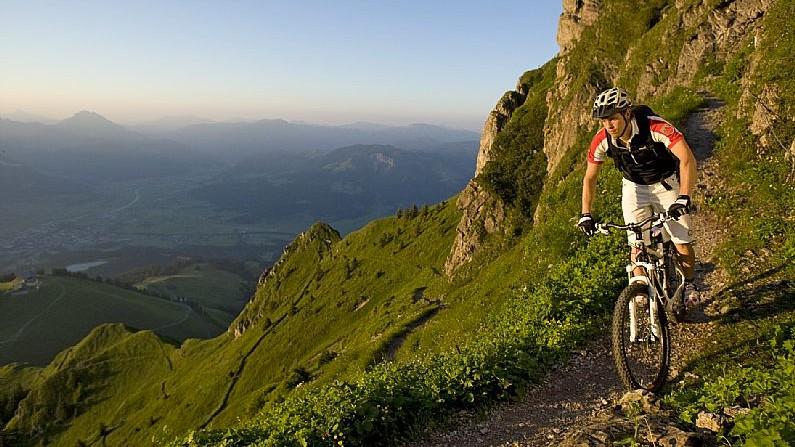 Im Land des RegenbogensWM-Luft schnuppern in den Kitzbüheler Alpen. Nicht nur für Marathon-Profis 2013 ein Muss!