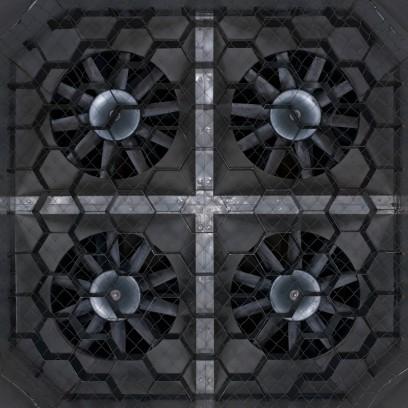 in Summe produzieren die Turbinen 300 KW