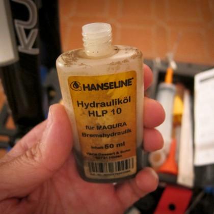 Im Prinzip kann jedes Mineralöl verwendet werden.