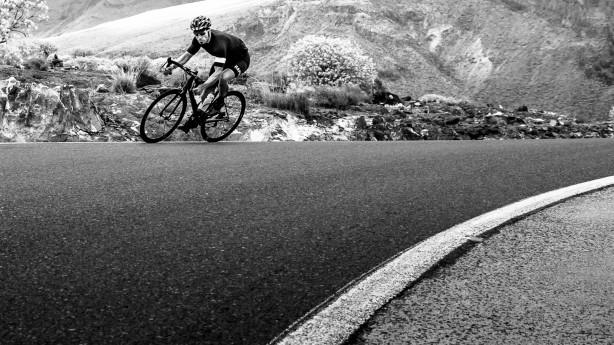 Scott Addict SL 2014Rückkehr einer Legende - leichter und besser denn je! Das Fliegengewicht unter den Rennrädern besitzt einen neuen, superleichten Carbonrahmen, der inklusive Gabel gerade mal 1.000 Gramm auf die Waage bringt.