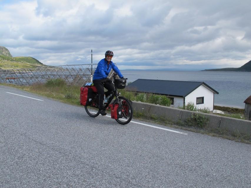 Radeln entlang der Fjorde