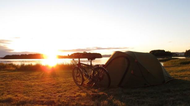 Nordkap - Tirol3.547 km durch Europa. Eine Radreise vom nördlichsten Punkt Skandinaviens bis ins Herz der Alpen nach Innsbruck.