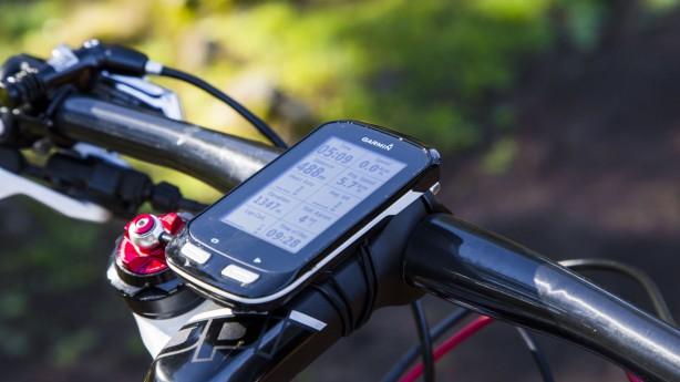 Garmin Edge 1000Showroom: Navigationsspezialist Garmin erweitert sein Angebot an GPS-Radcomputern. Voraussichtlich ab Mai ergänzt ein Big-Size-Gerät die Edge-Familie.