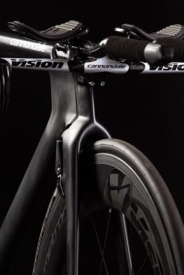 81 mm hohe und 24,3 mm breite Carbon-Clincher: Vision Metron 81