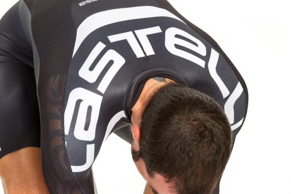 Gut erkennbar: die dünne Wabenstruktur am Rücken.