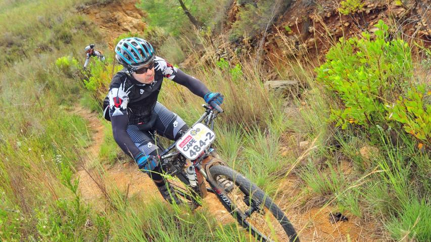 Canyon Lux CF & Trek Superfly FS @ Cape Epic 2014Zwei Chaoten, zwei Fullys und eine Woche voller Schlamm, Hitze und Wind.