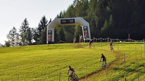 Tauplitz Riding the Hill