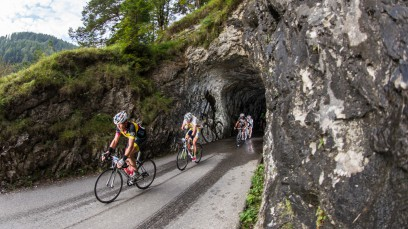 EDDY MERCKX CLASSIC 2014Zum 8. Mal fand heuer in Eugendorf die Eddy Merckx Classic statt. Bei schon fast planmäßig malerischem Wetter stellten sich Promis, Hobby-Athleten, Semi-Profis und Handbiker der reizvollen Herausforderung im Salzburger Land.