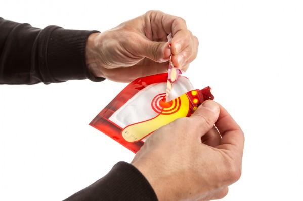 beim Öffnen der Verpackung werden die Pads durch den Kontakt mit Sauerstoff aktiviert