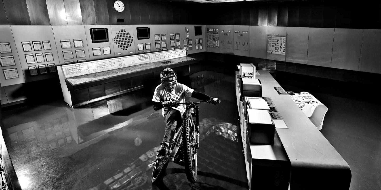 Biken im Atomkraftwerk