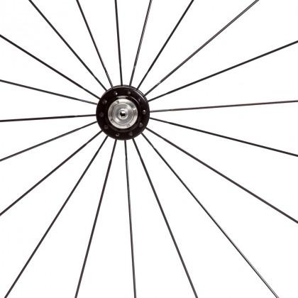 Radiale Einspeichung am Vorderrad
