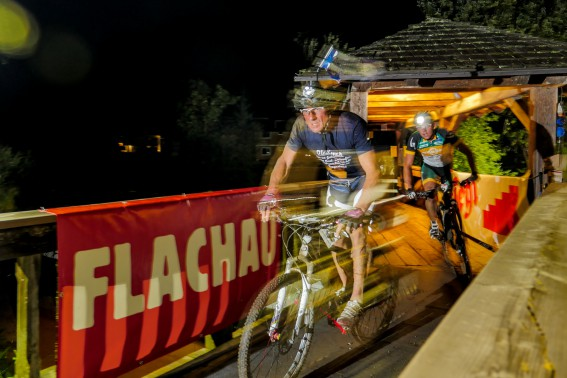 BILDBERICHT BIKE NIGHT FLACHAU