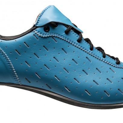Echter Hingucker: Classique Schuh (€ 229,99) mit inForm Pro-Leisten, Microfaser-Obermaterial