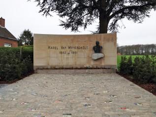 am Kwaremont, wo ein Denkmal