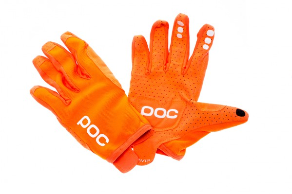 POC AVIP Langfinger Handschuhe mit Silikoneinsätzen für besten Grip und Touchscreen-Kompatibilität. Die Oberseite ist aus langlebigem und atmungsaktiven Nylongewebe.