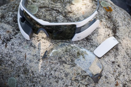 Ersatzakku und Gläser