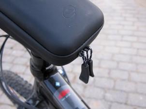 Doppel-Reißverschluss für leichten Zugang